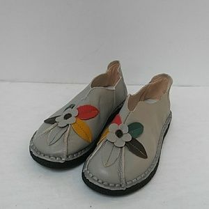 Handcrafted leather slip-on shoes, size 8